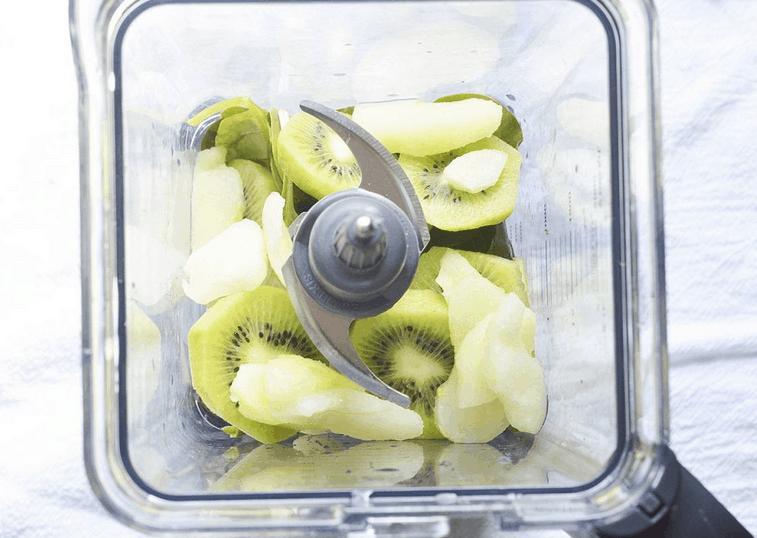 detoxifying fruits in a blender