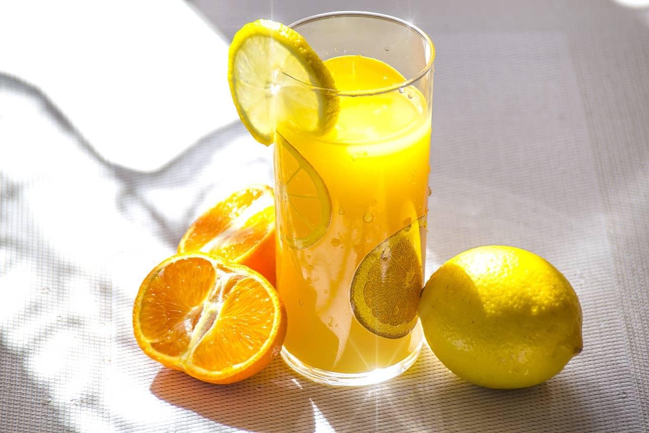 a vitamin C flush drink