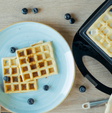 Non-toxic waffle makers