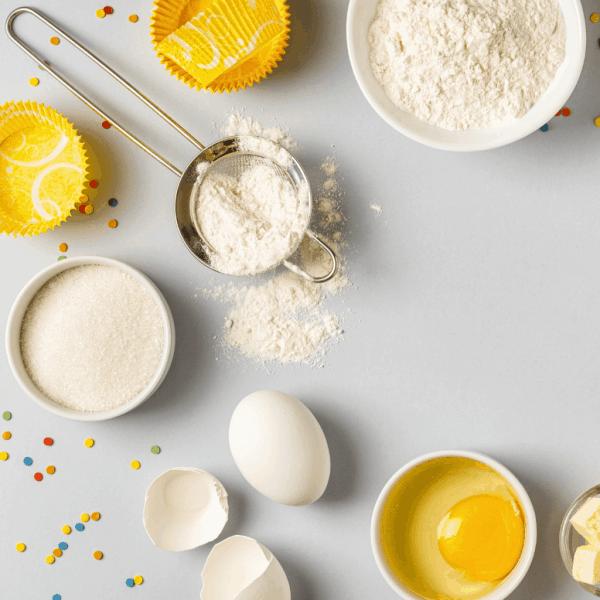 Non-toxic bakeware