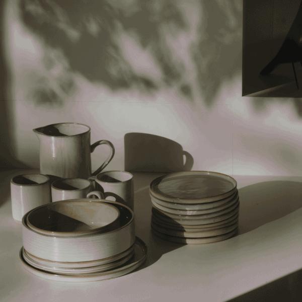 Non-toxic dinnerware